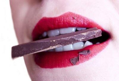 choklad innehåller teobromin